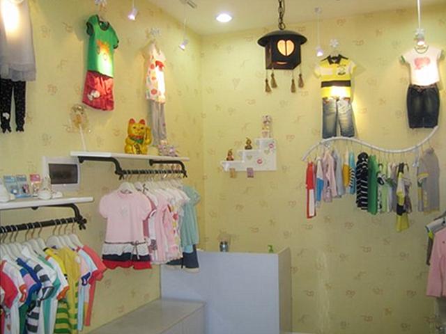 童装店 儿童服装店面装修设计价格介绍