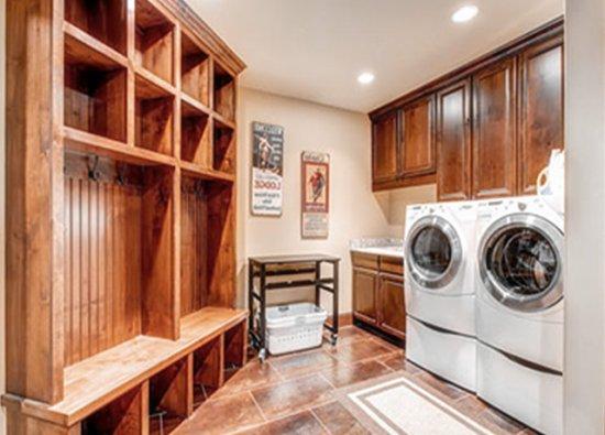 别墅设计公司哪家好 别墅洗衣房设计效果图