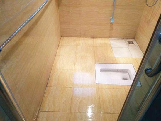 卫生间浴帘 卫生间不砸砖防水剂能用几年