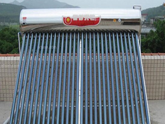 【太阳能庭院灯】英豪阳光太阳能热水器价格