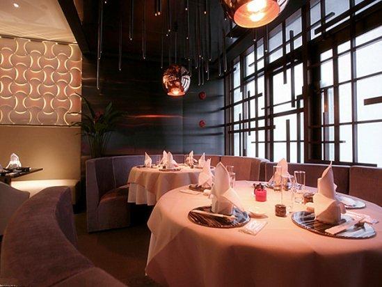 【迪芬奇】简单好看的小饭店装修的注意事项