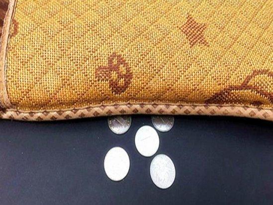 【风水学入门知识】床底放硬币真的能招财吗